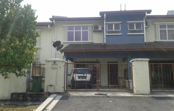 2 Storey Terrace Taman Puncak Jalil, Seri Kembangan For Sale!