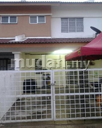2 Sty Terrace Bandar Saujana Putra, Puchong For Sale!