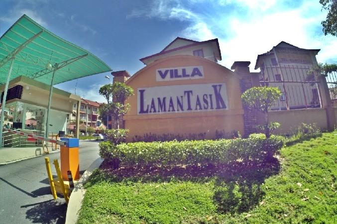 Townhouse Villa Laman Tasik, Bandar Sri Permaisuri