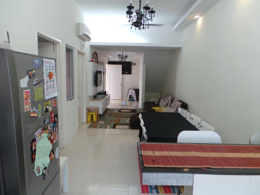 Townhouse Town Villa Taman Tasik Puchong For Sale!