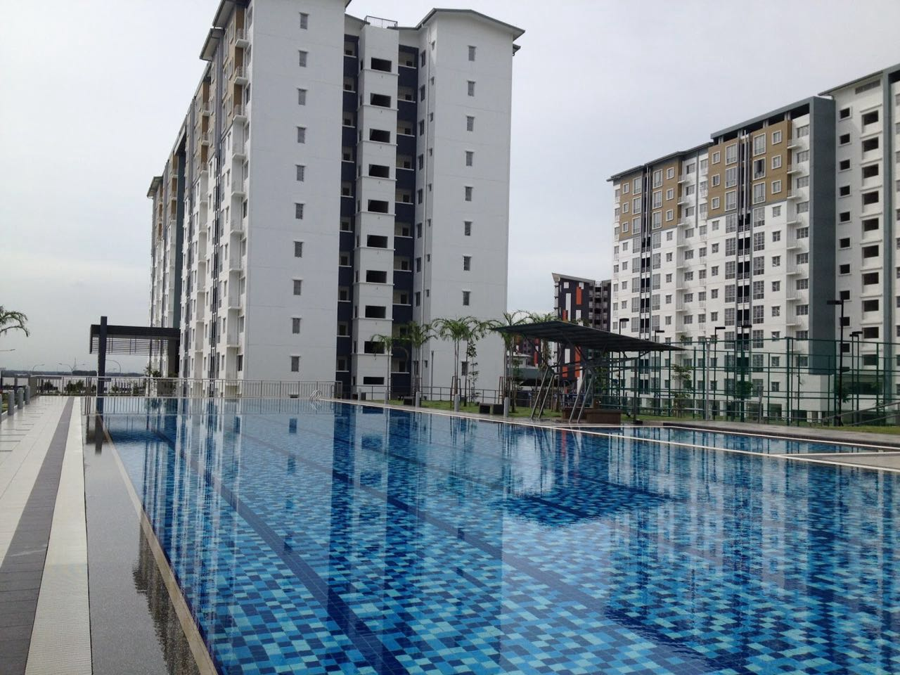 Seri Baiduri Apartment Setia Alam Shah Alam For Sale!