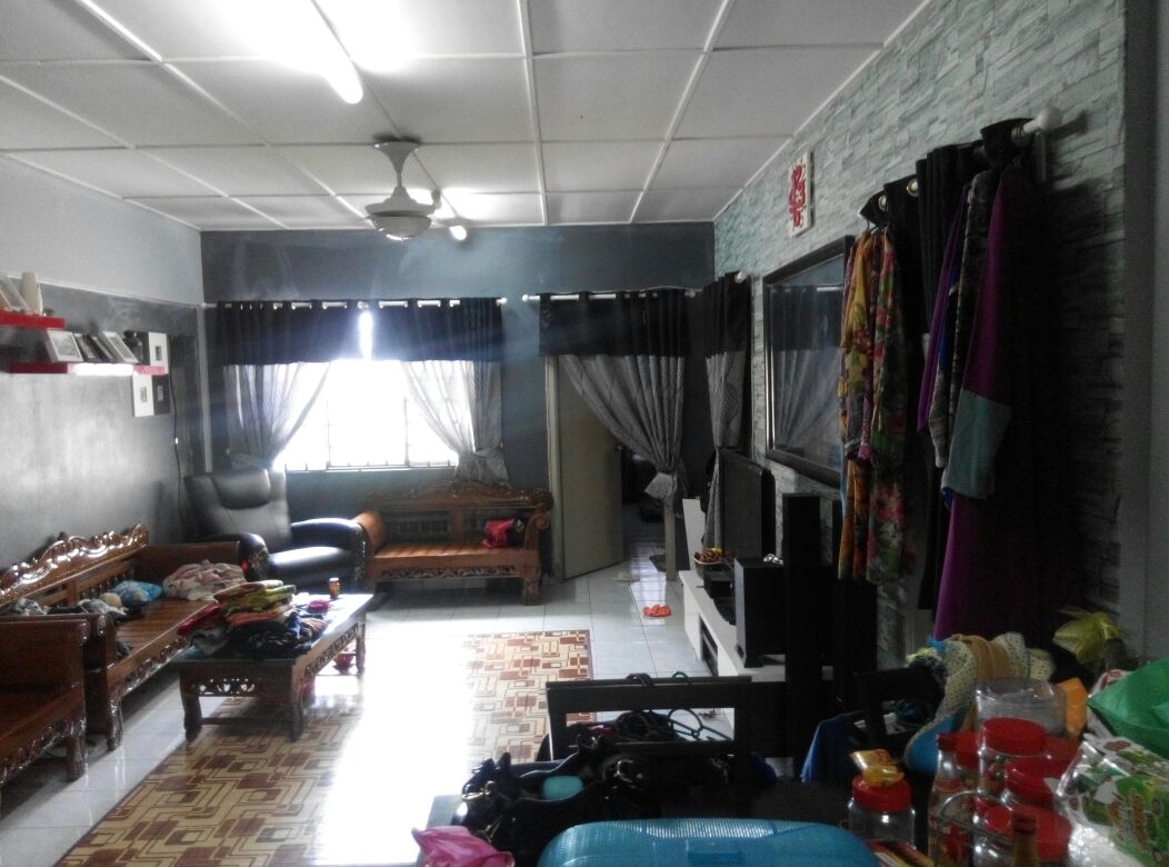 Subang Suria Apartment Subang Bestari Shah Alam For Sale!