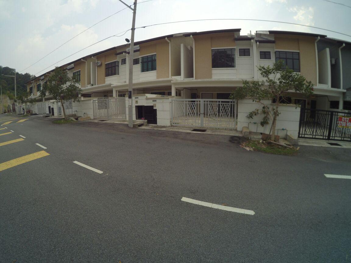 2Sty Terrace Taman Puncak Saujana Kajang For Sale.