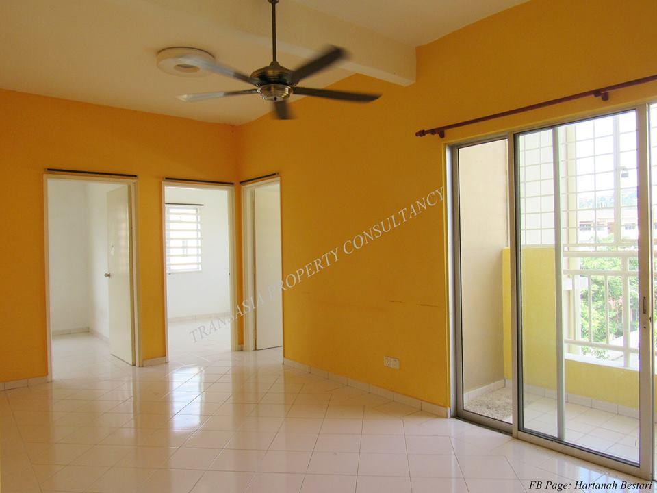 Seri Jati Apartment Jalan PH 4, Puchong Hartamas For Sale!