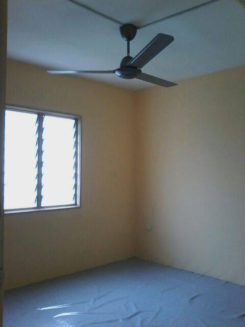 Apartment Flora Damansara