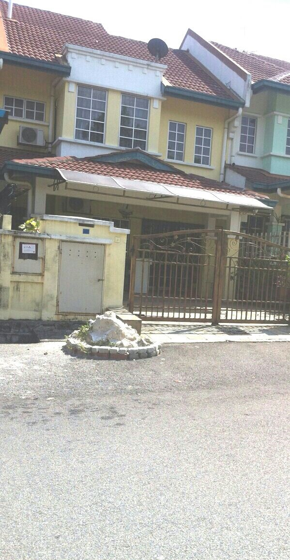 2Sty Terrace Bandar Seri Putra Bangi