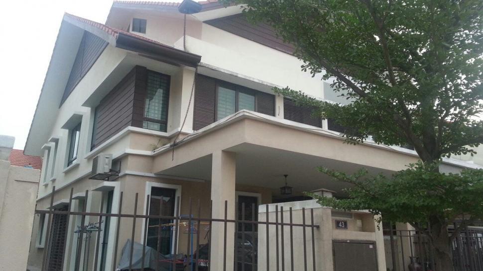 2 sty Terrace BK8 Bandar Kinrara