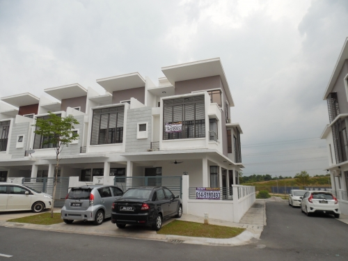 [Fully Furnished] 3 storey terrace End Lot Emerald Alam Impian Kota Kemuning