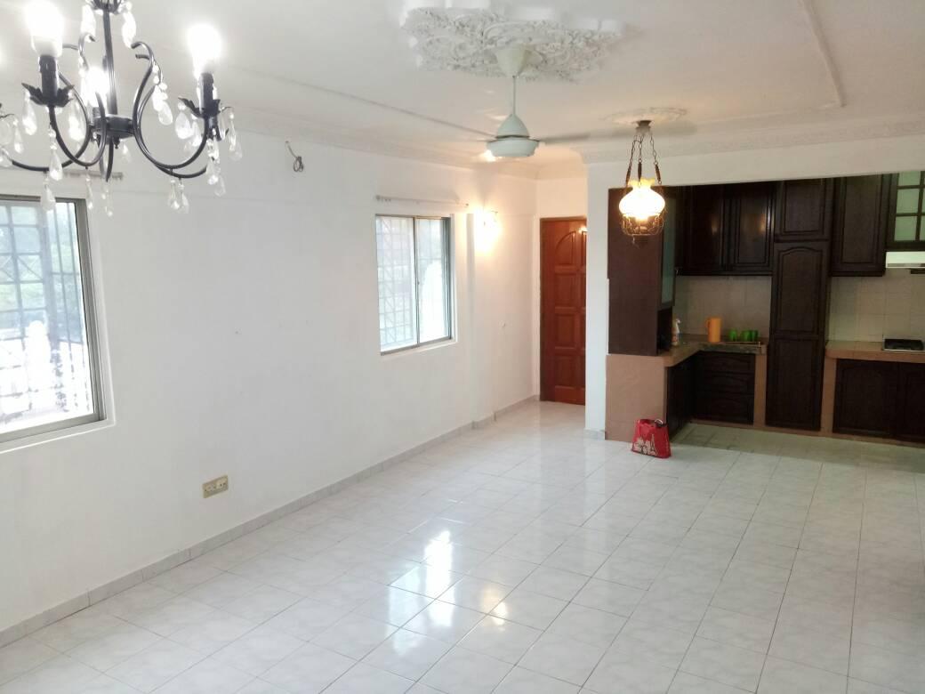 subang suria apartment (1012 sqft) for sale