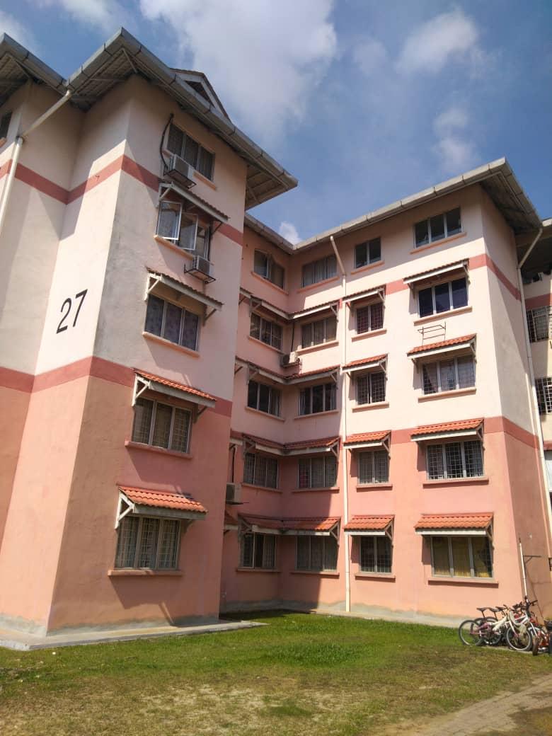 Apartment Kiambang di Bukit Subang, Shah Alam