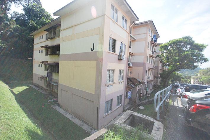 Apartment Saujana, Damansara Damai, Petaling Jaya