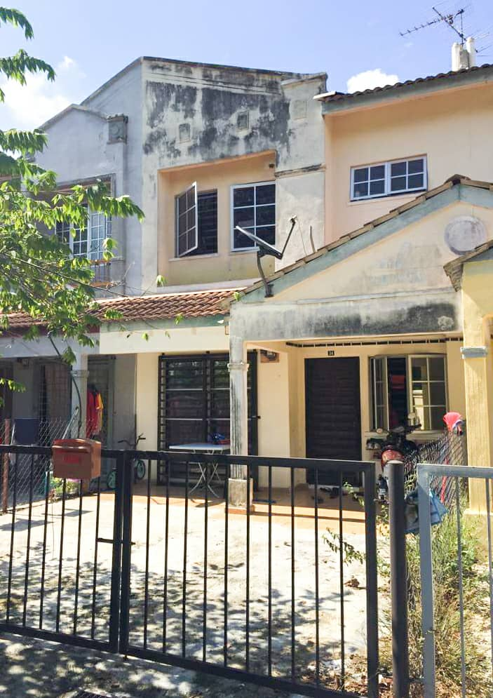 Rumah Teres 2 Tingkat di Lorong Cakera Purnama 12/4, Puncak Alam untuk dijual.