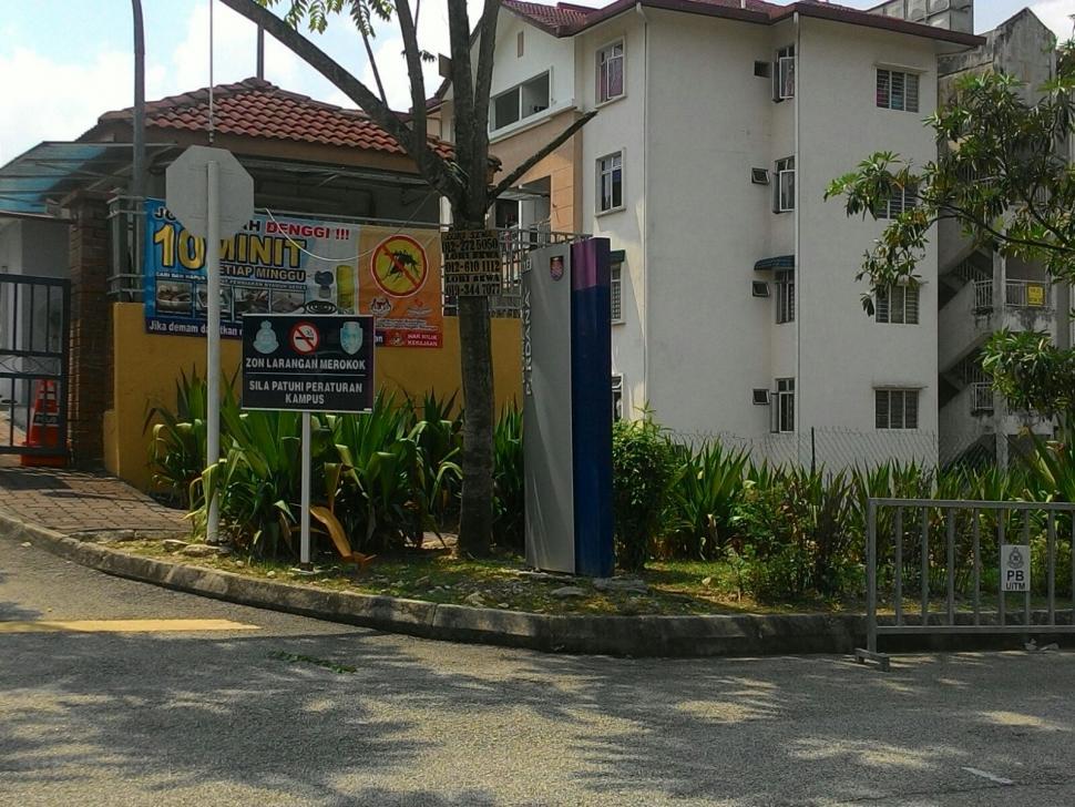 Apt Resak,near UITM Puncak Perdana