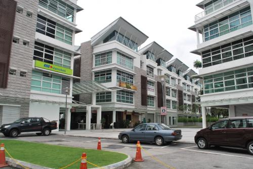 Office Shop Lot at Lamnn Seri Seksyen 13 Shah Alam for SALE!
