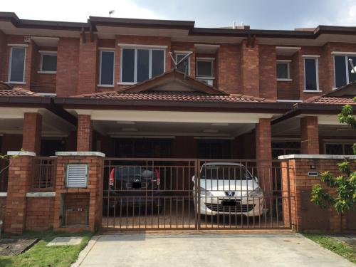 2-Storey Terrace Alam Budiman U10, Shah Alam