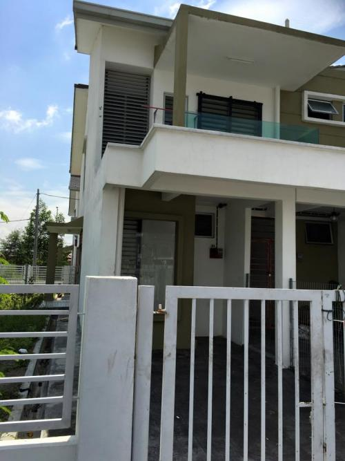 Pearl Villa Townhouse Bandar Saujana Putra