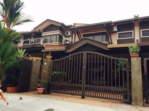 2-Storey Terrace Aroma Tropika Section 27 Shah Alam