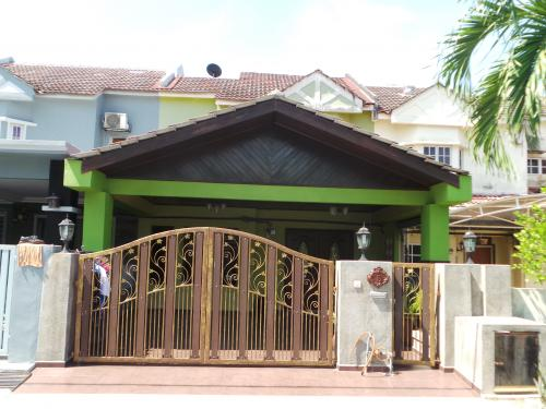 2-Storey Terrace Taman Alam Megah Section 27 Shah Alam