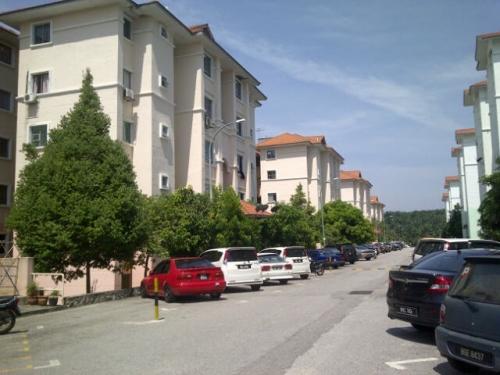 Apartment Melur, Residensi Warnasari, Puncak Alam