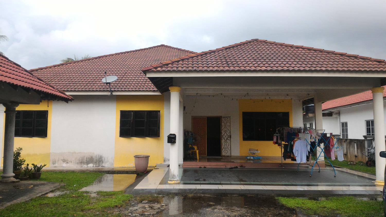 Rumah Bungalow Setingkat, Kampung Melayu Sri Kundang, Kuang