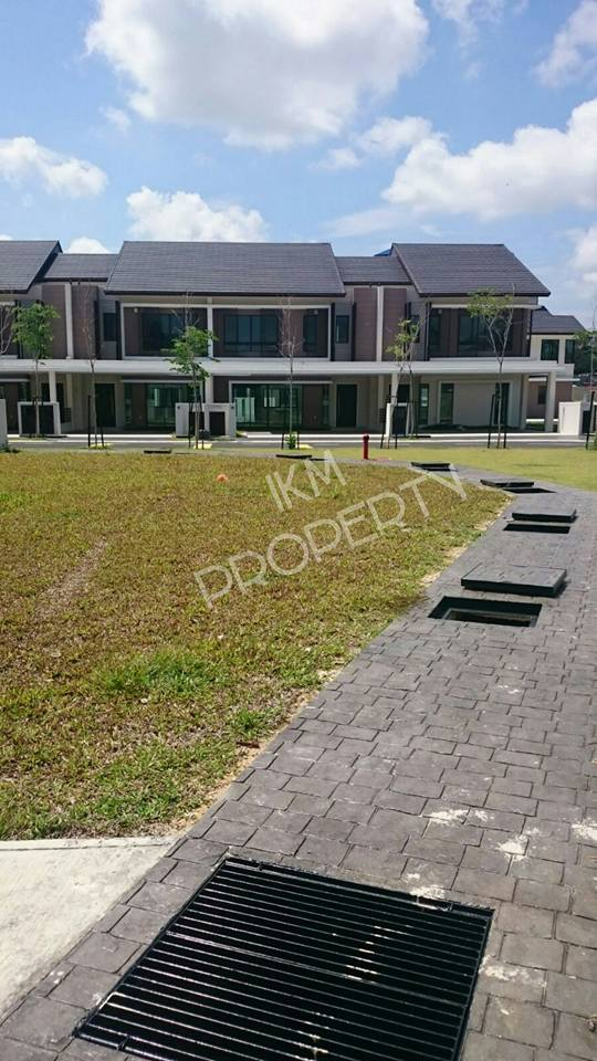 2 Storey Luxury Superlink Homes Laman Alamanda